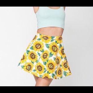 American Apparel Sunflower Skirt 🌻